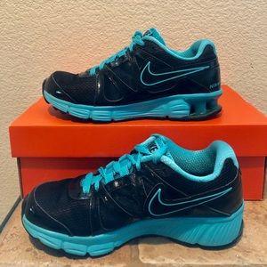 Nike REAX Rocket 2 Women Size 7 Black Neon